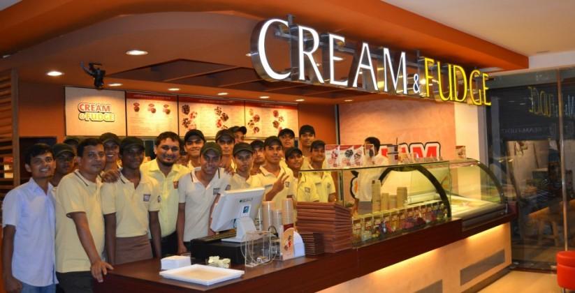 Cream_&_Fudge_Store