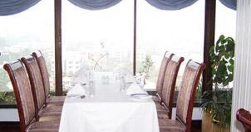 the-sky-room-dining