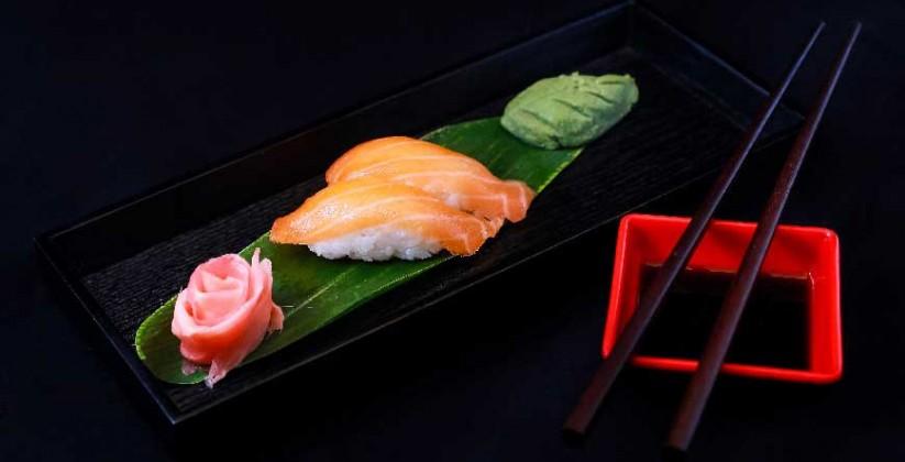 salmon-sushi-bunka